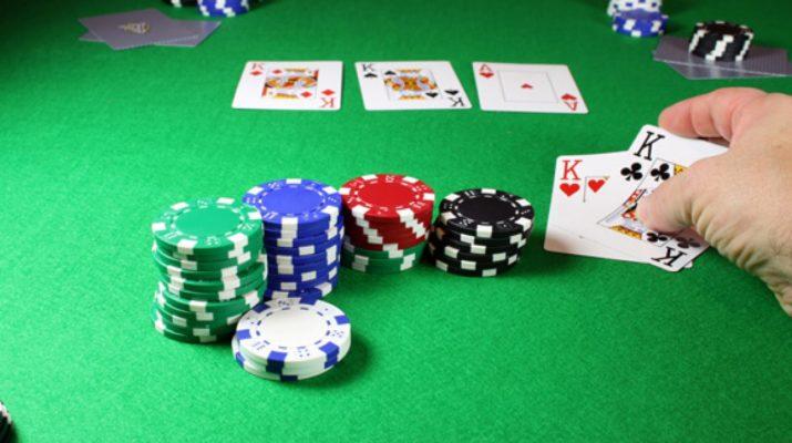 4 Tips Poker Teratas Untuk Membuat Game Ini Menarik Untuk Pemula